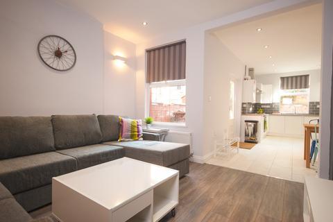 6 bedroom house share to rent - Rolleston Drive, Lenton , Nottingham
