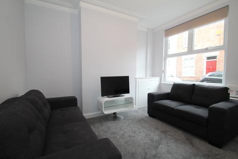 2 bedroom house share to rent - Cloister Street, Dunkirk, Nottingham