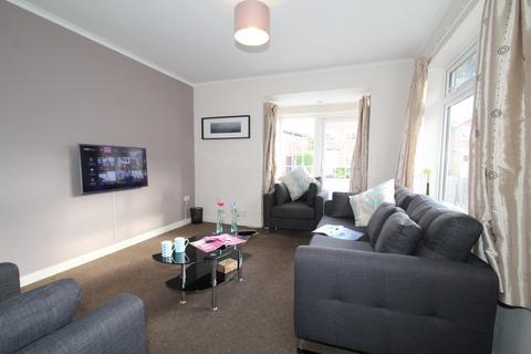 5 bedroom house share to rent - Rathmines Close, Lenton, Nottingham