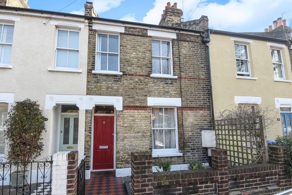 2 Bedrooms Cottage House for sale in Furzefield Road London SE3
