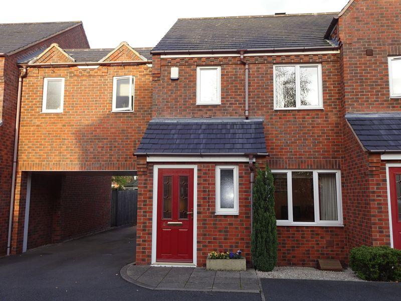 3 Bedrooms Terraced House for sale in St Ambrose Place, Kidderminster DY10 1PR