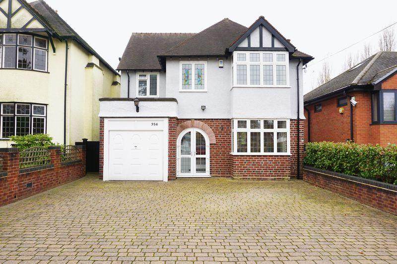 3 Bedrooms Detached House for sale in Birmingham Road, Walsall