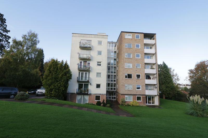 2 Bedrooms Apartment Flat for sale in Ferndale Close, Tunbridge Wells