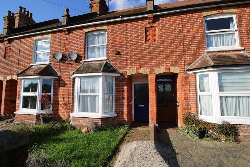 3 Bedrooms Terraced House for sale in New Road, Ridgewood, East Sussex