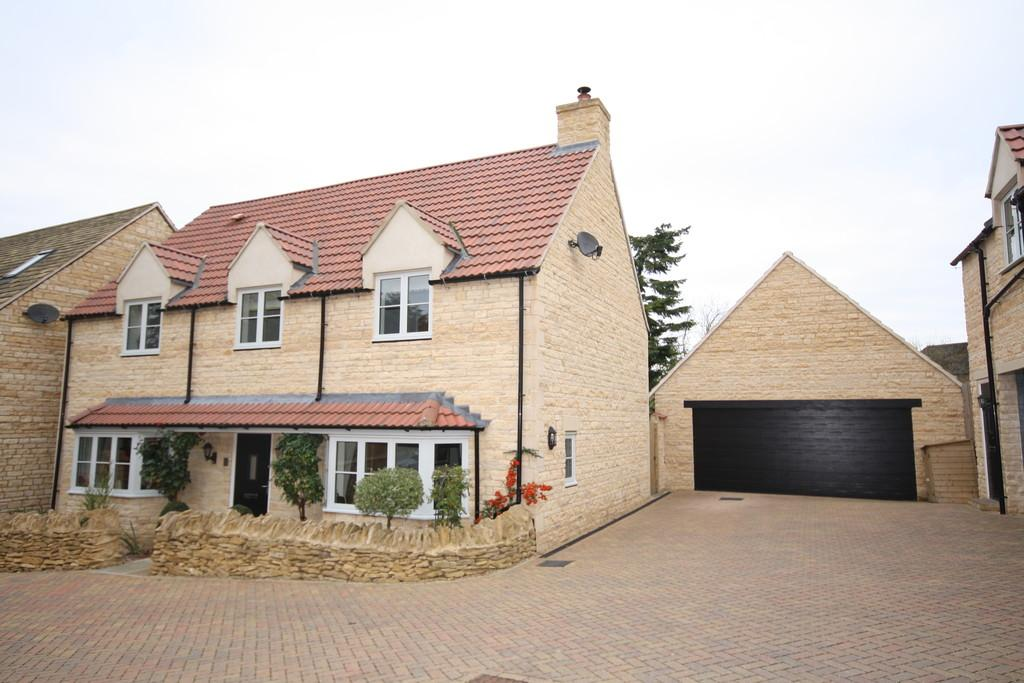 4 Bedrooms Detached House for sale in Field Close, Collyweston