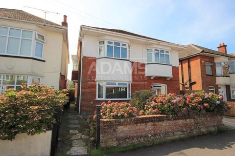 3 bedroom flat to rent - Mortimer Road, Charminster, Bournemouth
