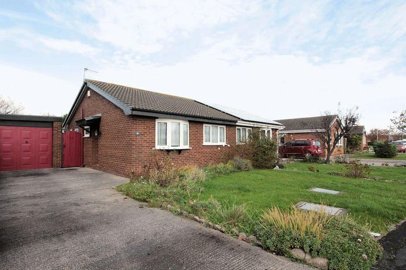 2 Bedrooms Semi Detached Bungalow for sale in Bryn Elian Grove, Rhyl