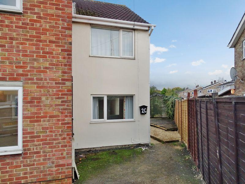 1 Bedroom Terraced House for sale in Avon Road, Melksham