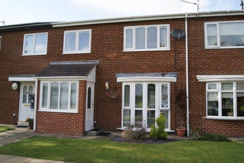 3 Bedrooms Terraced House for sale in Cottingwood Green, Blyth