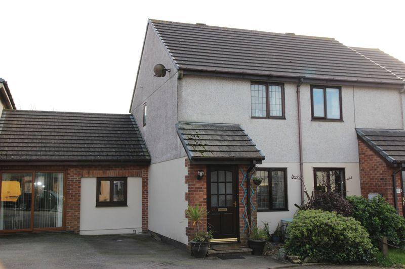 3 Bedrooms Semi Detached House for sale in Penhale Gardens, Fraddon