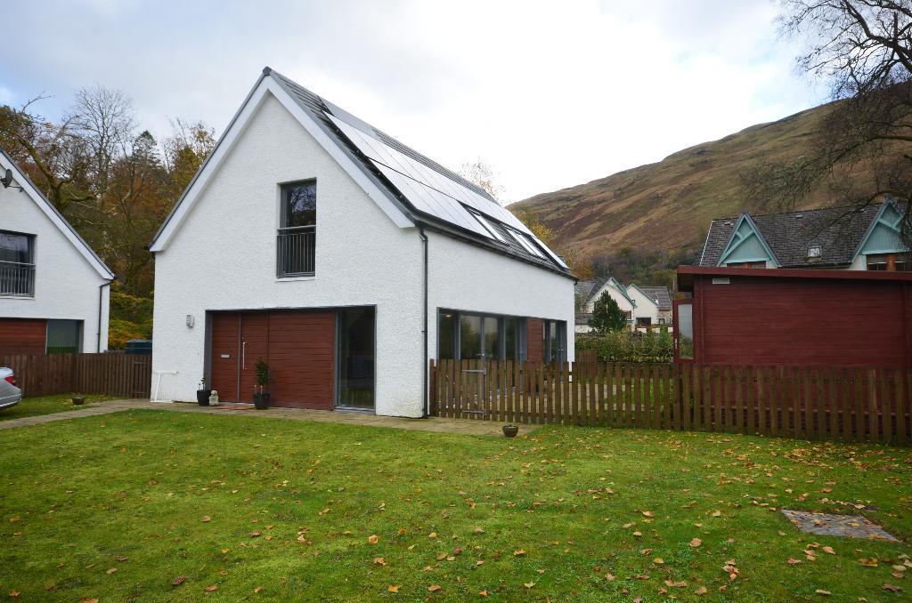 4 Bedrooms Detached House for sale in Burnside Cottages, Arrochar, West Dunbartonshire, G83 7AA