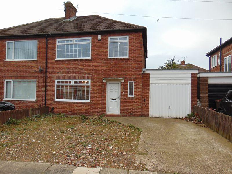 3 Bedrooms Semi Detached House for sale in Jenifer Grove, High Heaton, Newcastle Upon Tyne