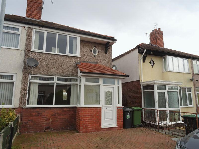 2 Bedrooms Semi Detached House for sale in St Johns Road, Wrexham