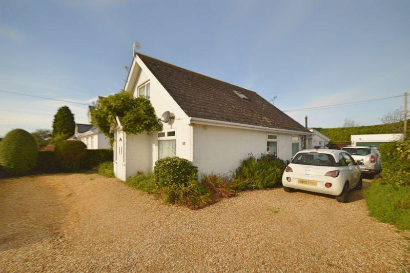 5 Bedrooms Detached Bungalow for sale in WINFORD