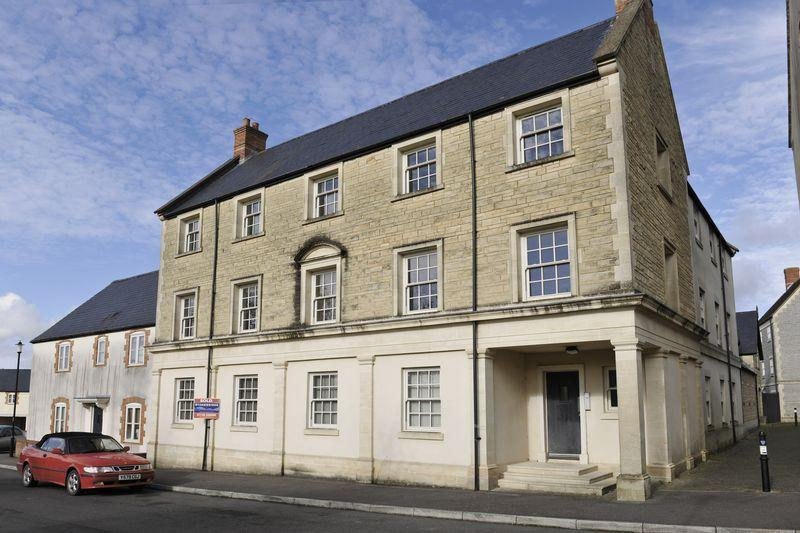 2 Bedrooms Apartment Flat for sale in Shepton Mallet