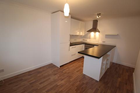 1 bedroom ground floor flat to rent - Edward Clarke Close, Danescourt