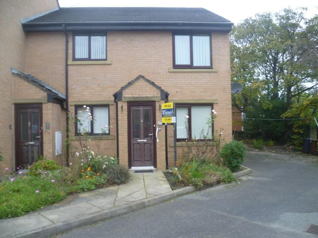 2 Bedrooms Flat for sale in May Tree Close, Clayton