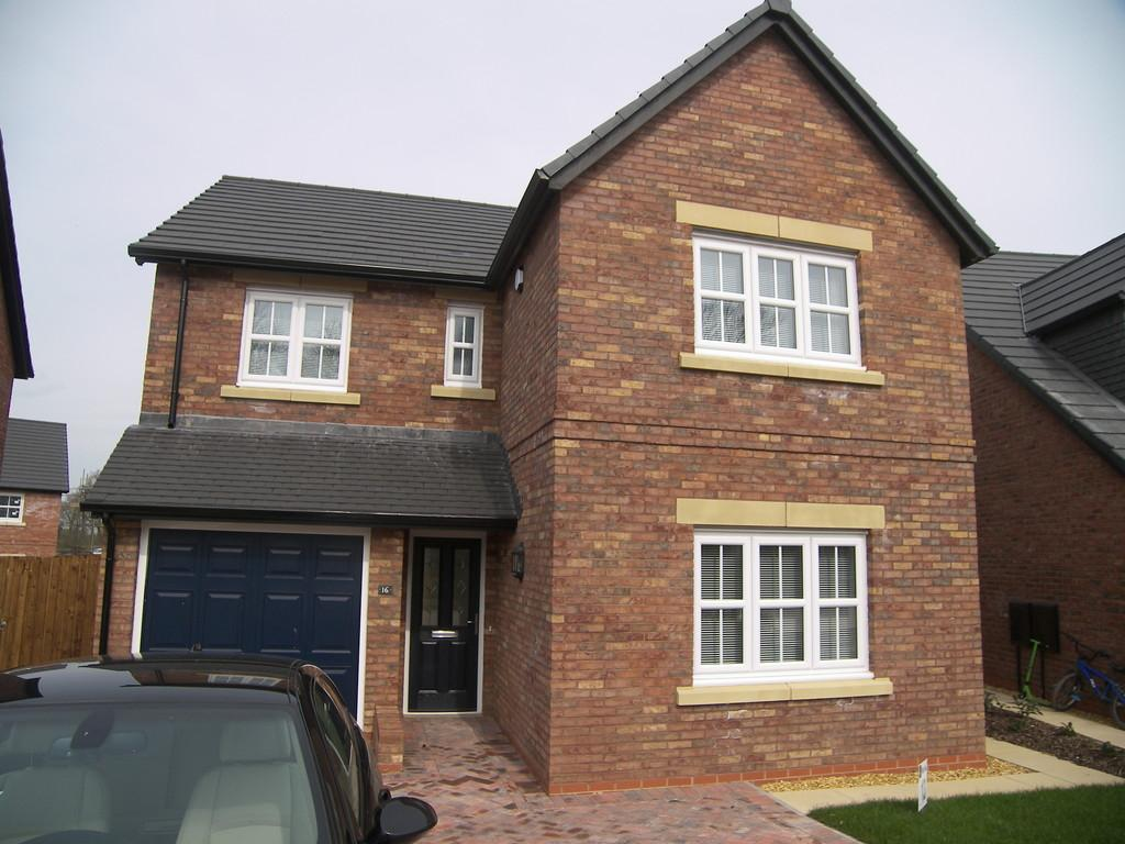 4 Bedrooms Detached House for rent in Old Tarnbrick Way, Kirkham
