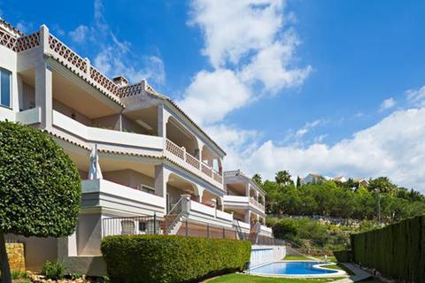2 bedroom apartment  - Benahavis, Malaga
