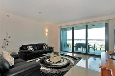 3 bedroom apartment  - 43/90 Terrace Road, EAST PERTH, WA 6004