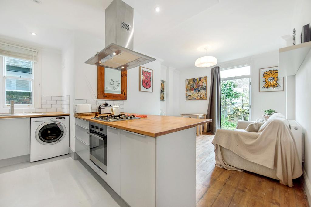 2 Bedrooms Flat for sale in Ridley Road, NW10