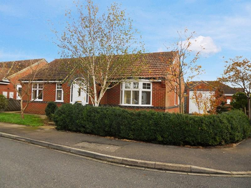 3 Bedrooms Detached Bungalow for sale in Andrew Lane, Hedon, Hull