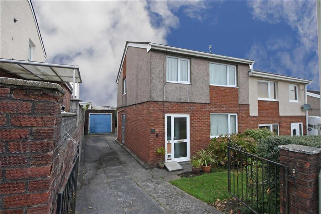 3 Bedrooms Semi Detached House for sale in Laurel Close, Cwmdare, Aberdare, Mid Glamorgan
