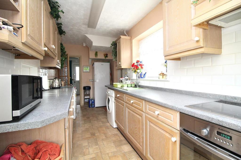 Kitchen (Thumbnail)