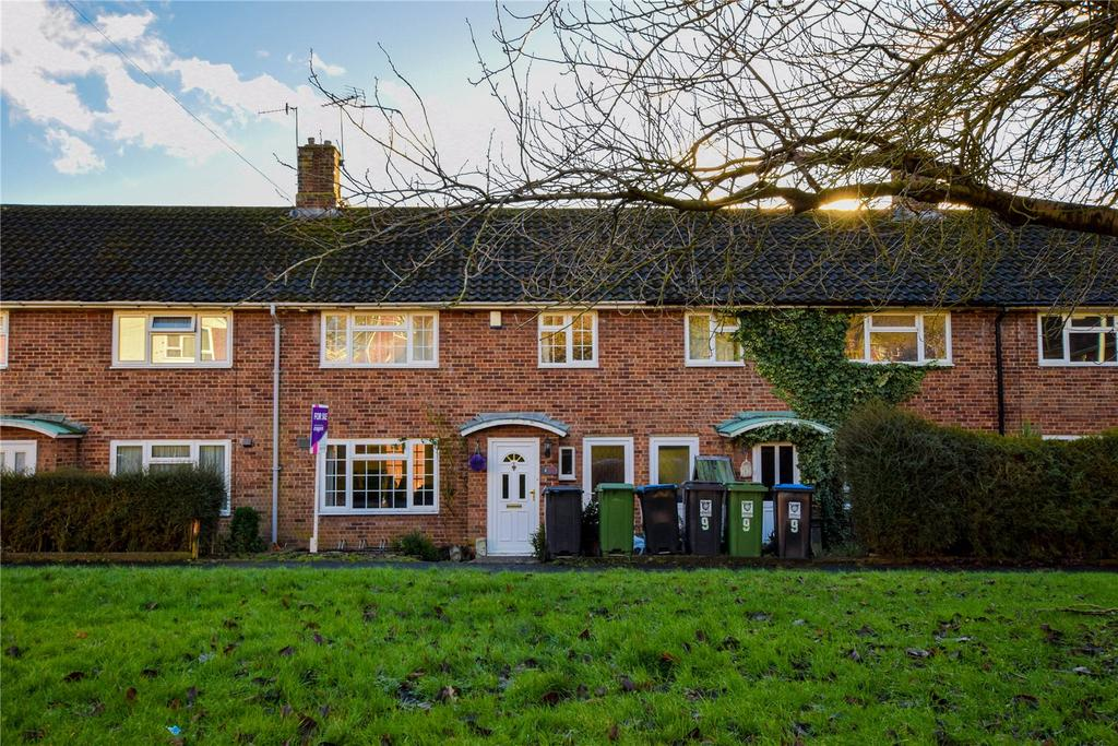 3 Bedrooms Terraced House for sale in Damask Green, Hemel Hempstead, Hertfordshire, HP1