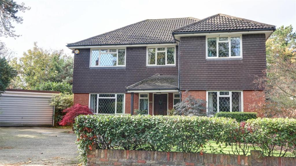 4 Bedrooms Detached House for sale in Pines Road, Bickley, Bromley, Kent