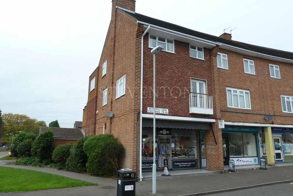 3 Bedrooms Flat for sale in Windmill Lane, Castlecroft, Wolverhampton, WV3