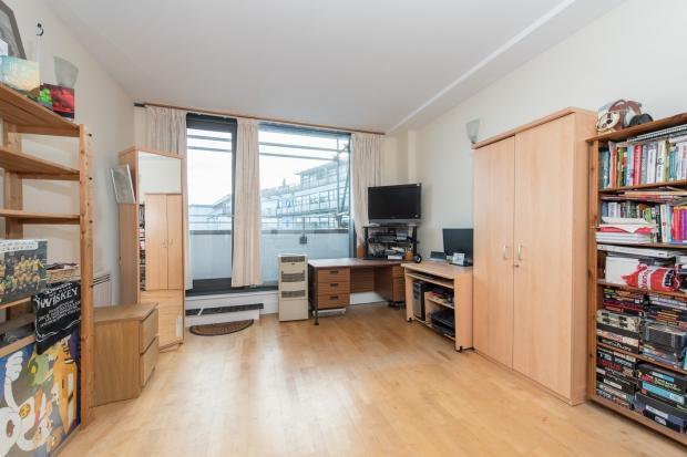1 Bedroom Apartment Flat for sale in Hestia House City Walk, Borough, SE1