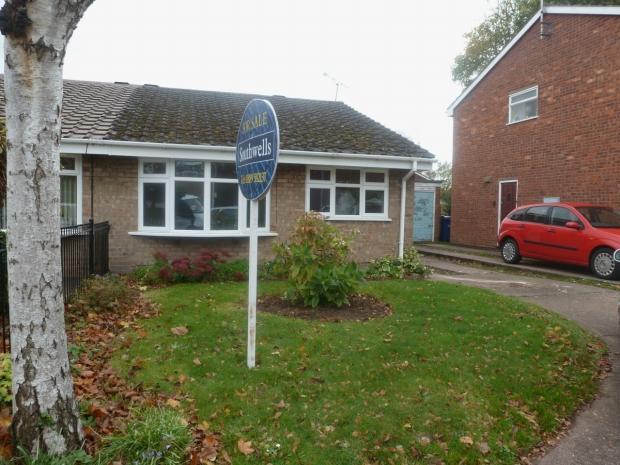 2 Bedrooms Semi Detached Bungalow for sale in Avonlea Gardens Rugeley