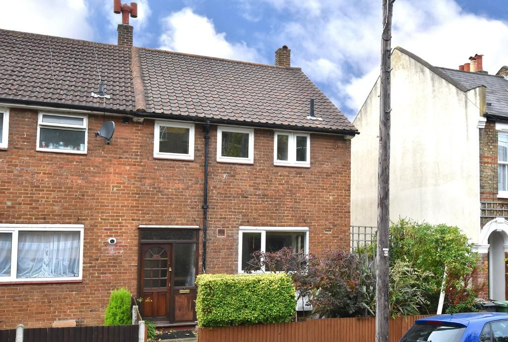 3 Bedrooms Terraced House for sale in Littlewood SE13