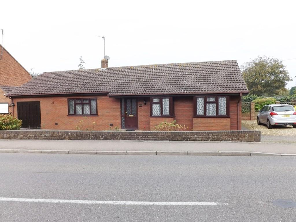 3 Bedrooms Detached Bungalow for sale in Tydd Gote
