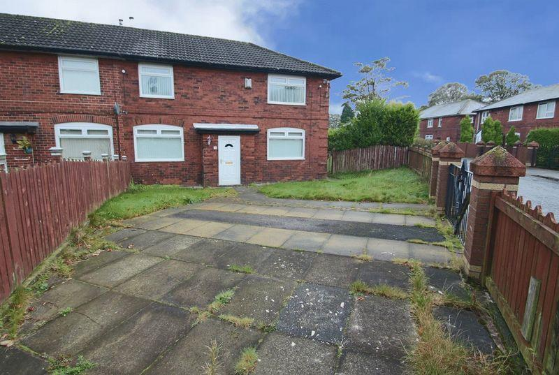 3 Bedrooms Semi Detached House for sale in Buxton Crescent, Turf Hill, Rochdale OL16 4TU