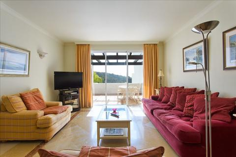 2 bedroom apartment  - La Quinta, Andalucia, Spain
