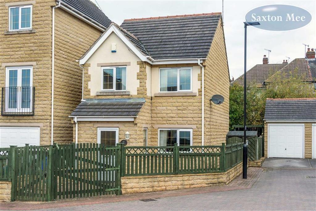 3 Bedrooms Detached House for sale in Hilltop Green, Southey Green, Sheffield, S5
