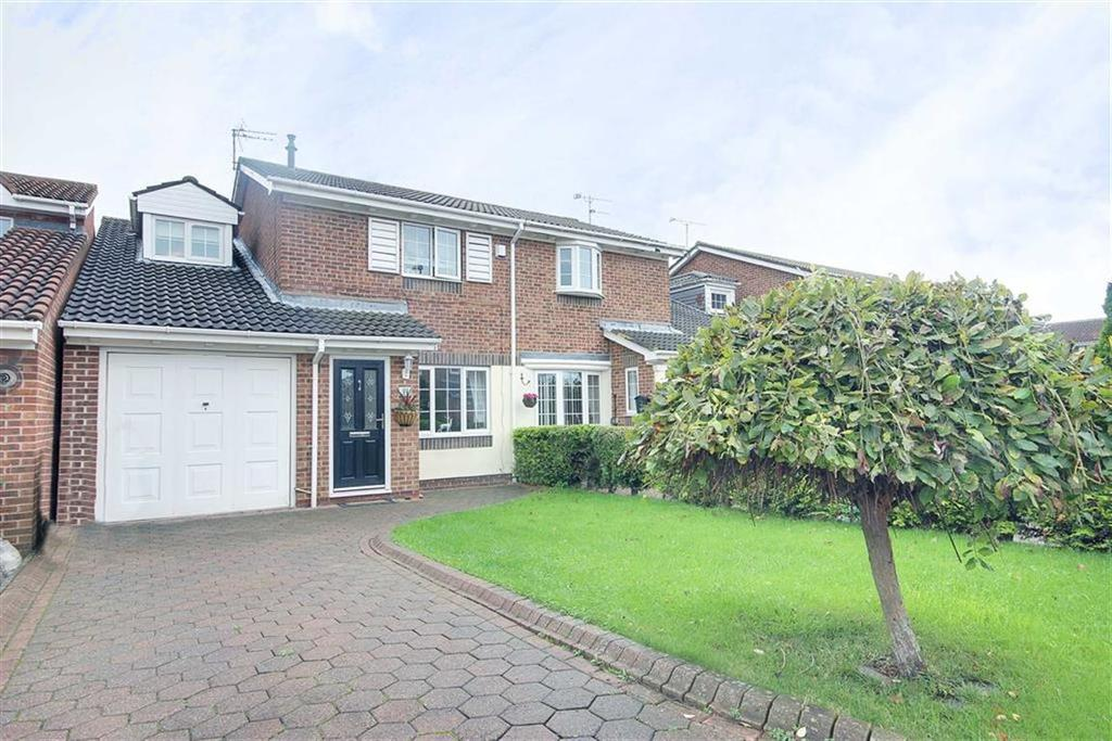 3 Bedrooms Semi Detached House for sale in Winslow Close, Boldon, Tyne And Wear