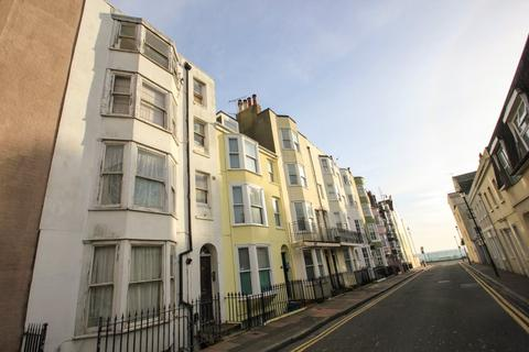 Studio to rent - Bedford Street, Brighton