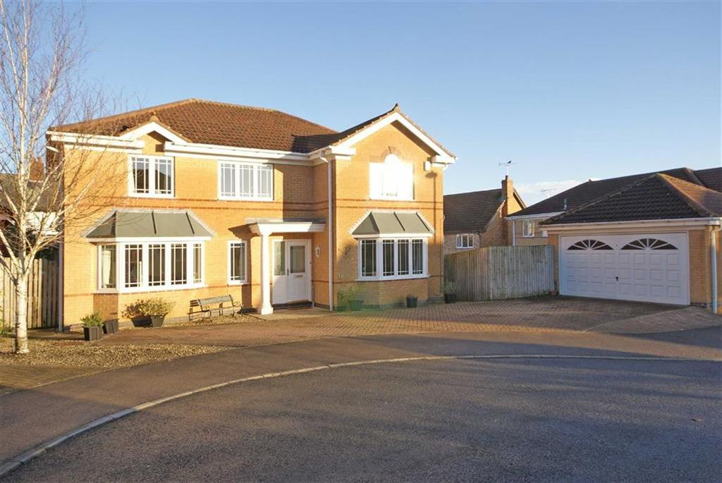 5 Bedrooms Detached House for sale in Brinklow Way, Harrogate, North Yorkshire