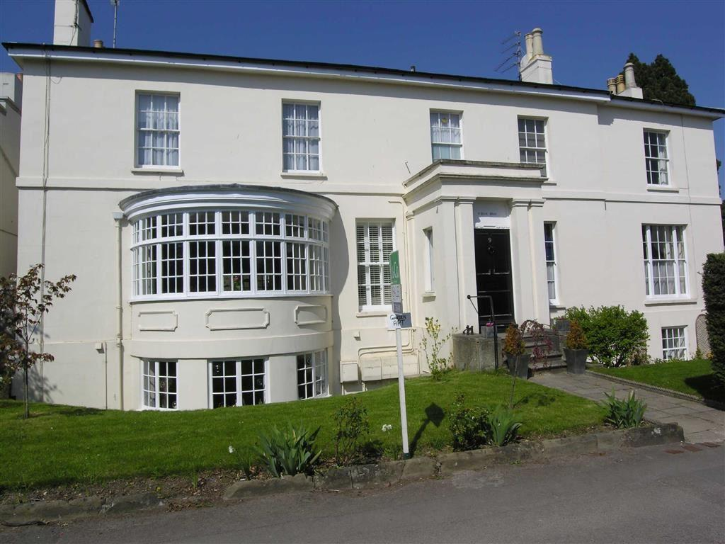 2 Bedrooms Flat for sale in Park Place, The Park, Cheltenham, GL50