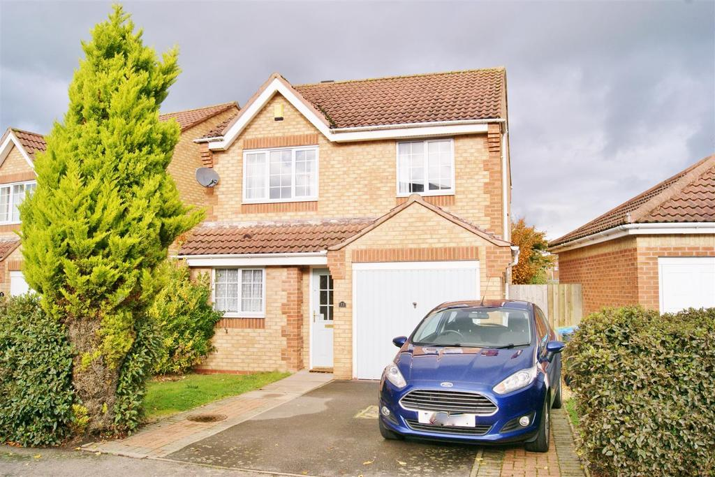 3 Bedrooms Detached House for sale in Clement Way, Cawston, Rugby