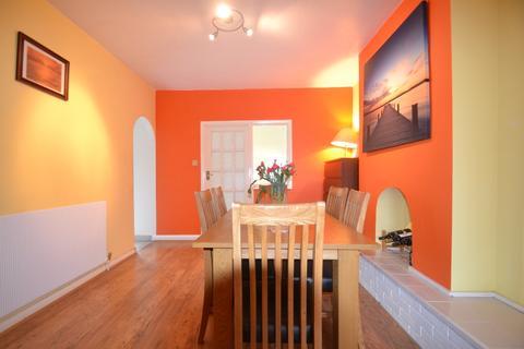 4 bedroom terraced house to rent - Bramdean Gardens Lee SE12