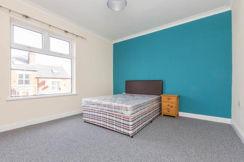 4 bedroom house share to rent - South View Road, Sheffield S7