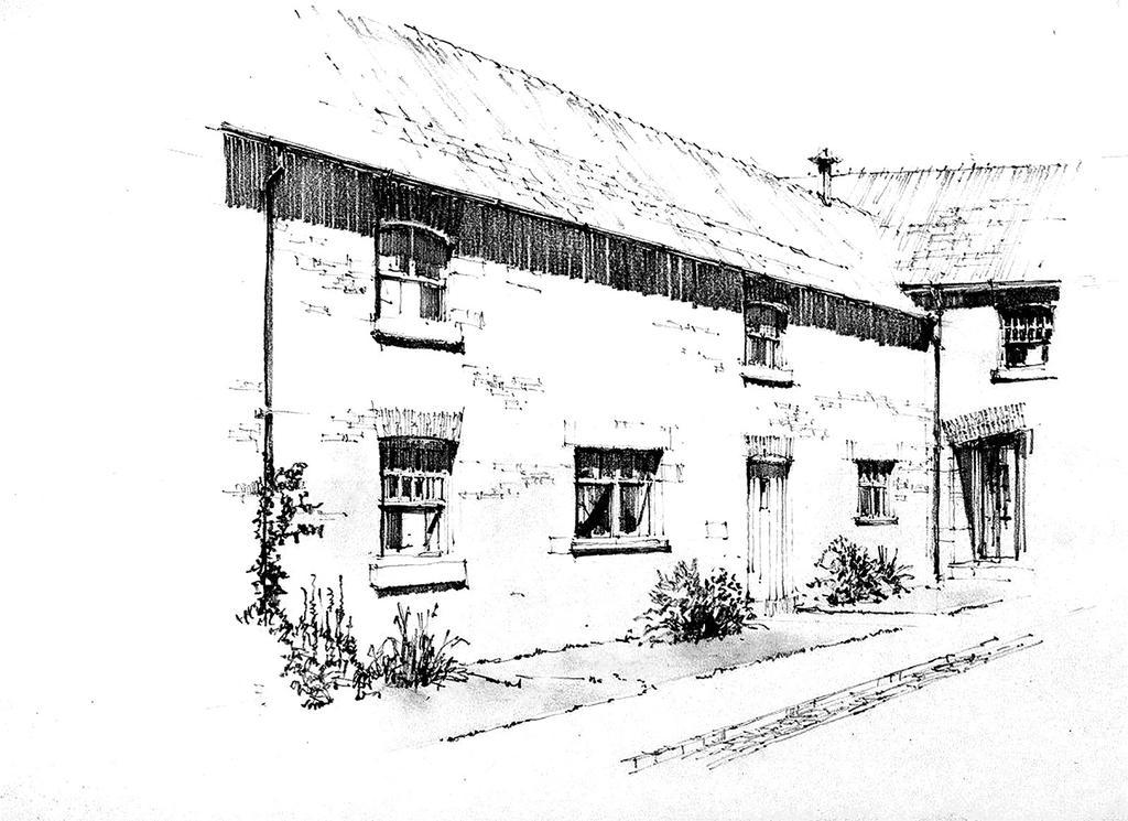3 Bedrooms Unique Property for sale in Chapel House Barns, Chapel House Farm, Poulton, Chester, CH4