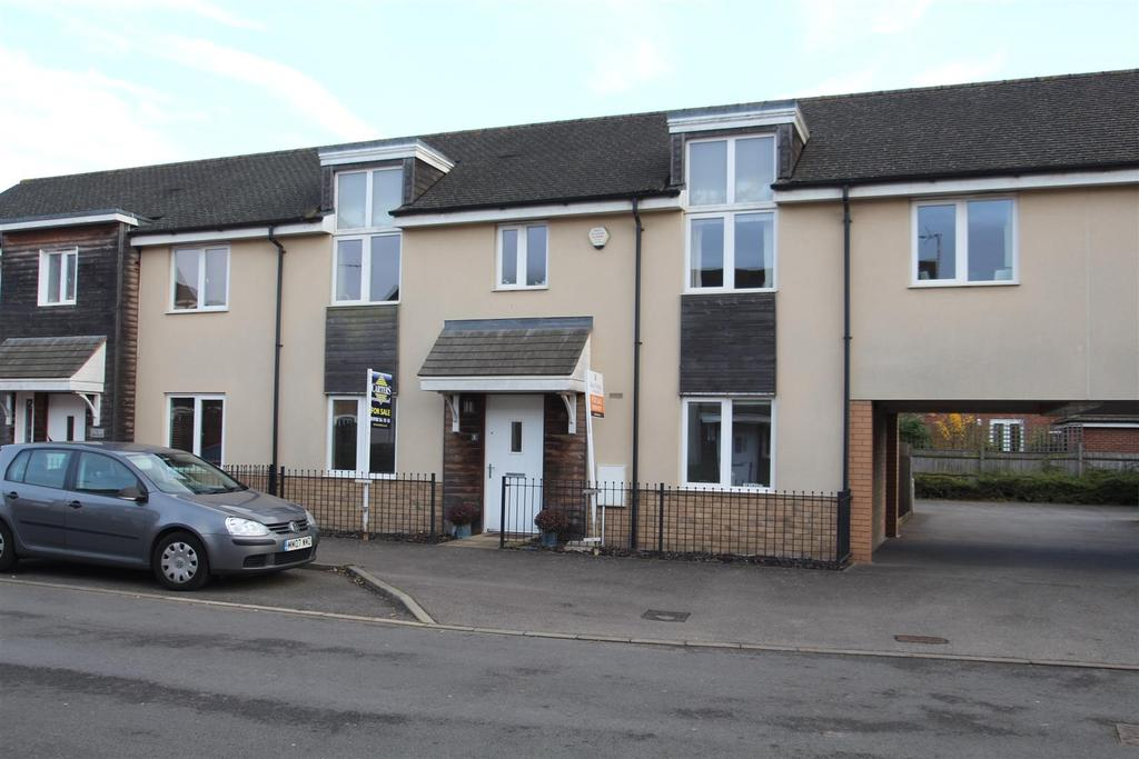 4 Bedrooms House for sale in Wenford, Broughton, Milton Keynes