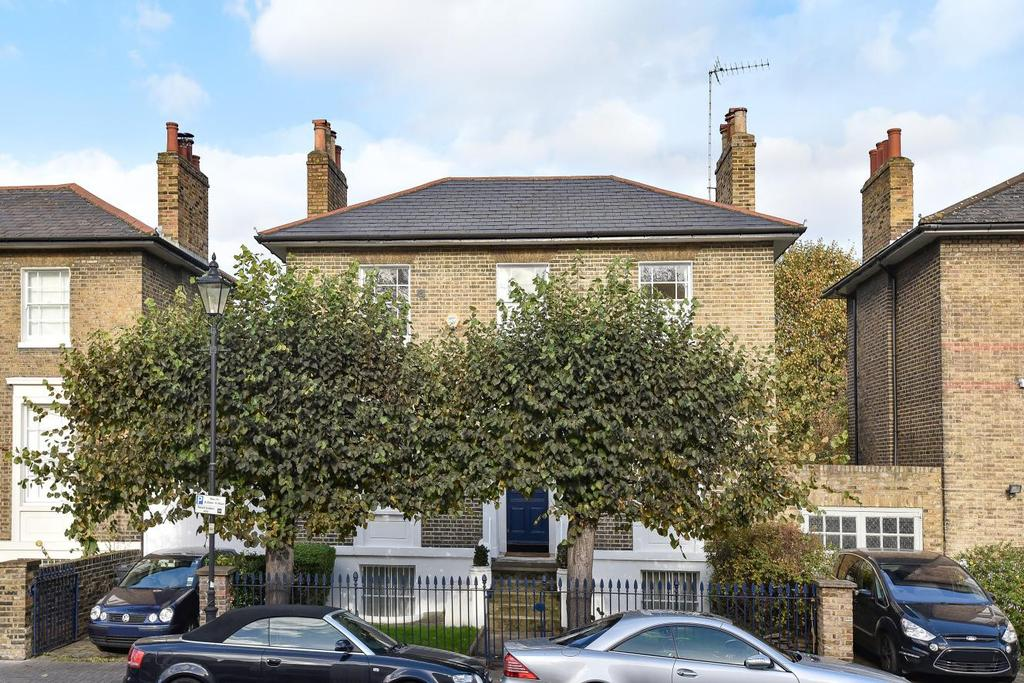 4 Bedrooms Detached House for sale in Stockwell Park Road, Stockwell