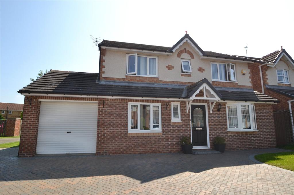4 Bedrooms Detached House for sale in Balmoral Drive, Peterlee, Co.Durham, SR8