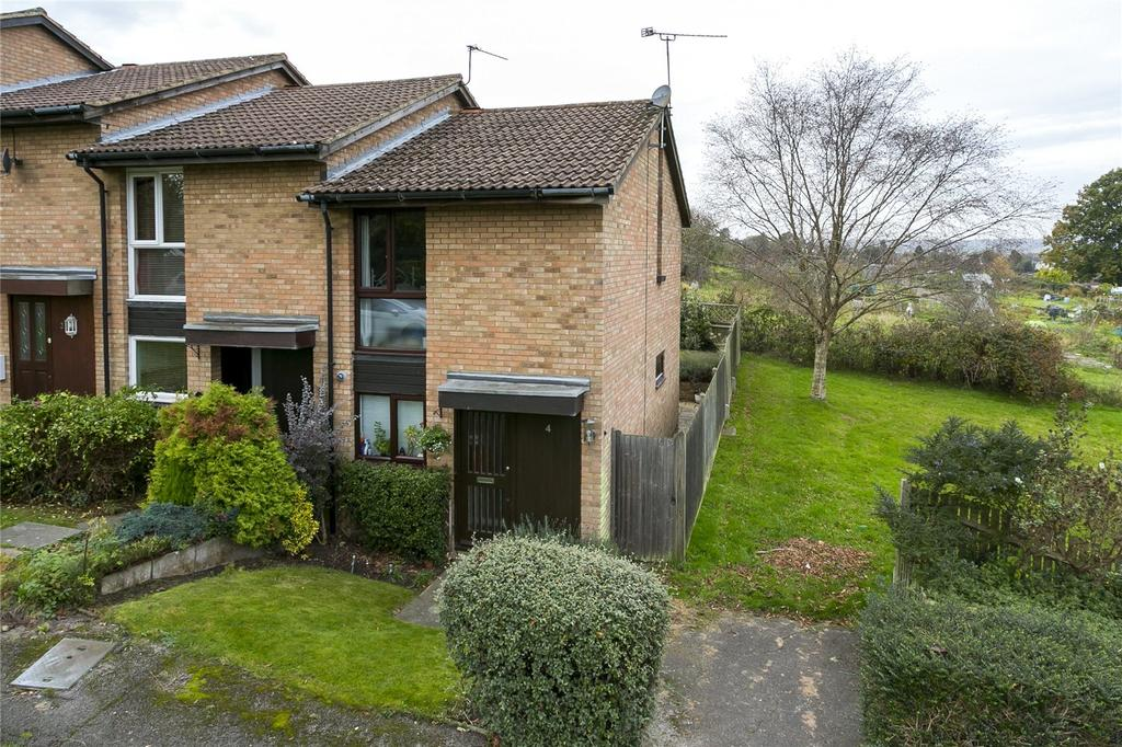 2 Bedrooms End Of Terrace House for sale in Kennedy Gardens, Sevenoaks, Kent